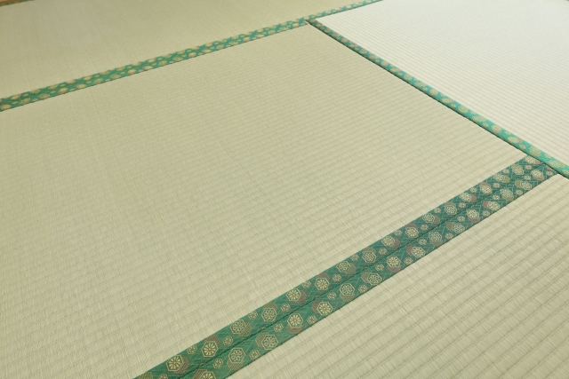 畳を張り替える時期の目安や張り替え方法などをご紹介!