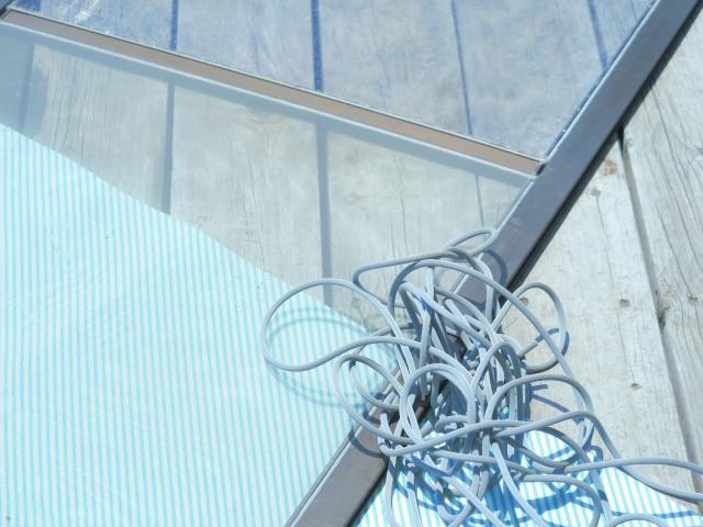自分でできる網戸の補修方法と業者に頼るメリット