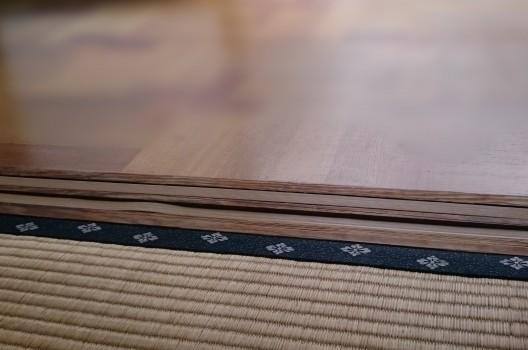 畳は湿気を吸収しやすくダニやカビが繁殖する原因にも